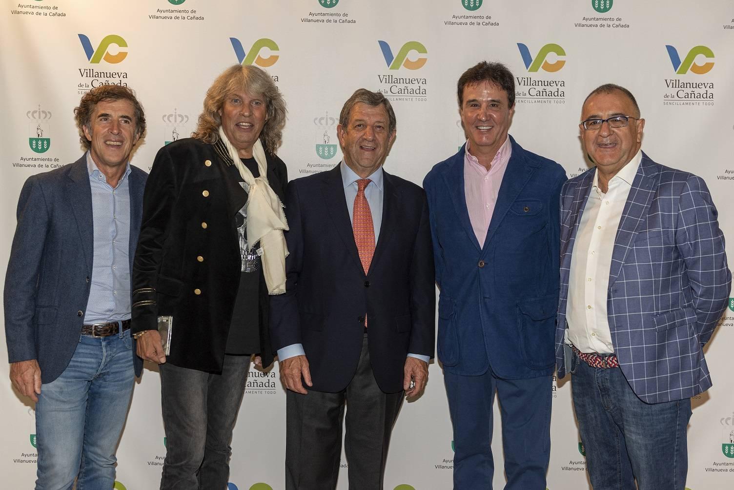 Perico Delgado, José Mercé, Luis Partida, J. Ramón de la Morena y Roberto Gómez.