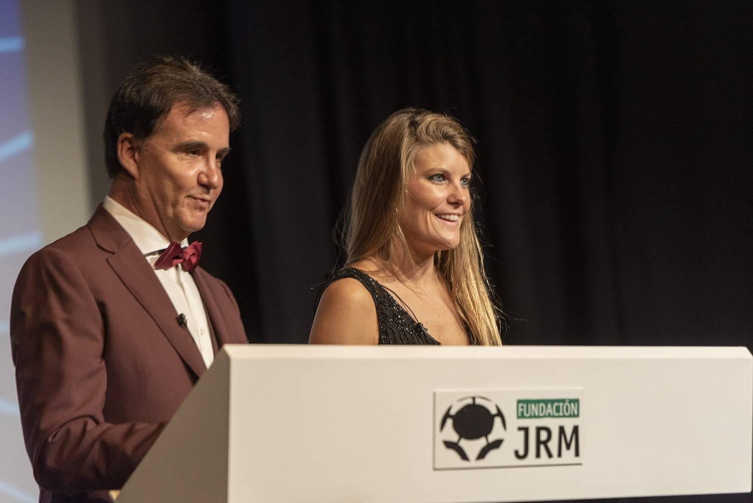 José Ramón de la Morena y Laura Vázquez presentando la gala.