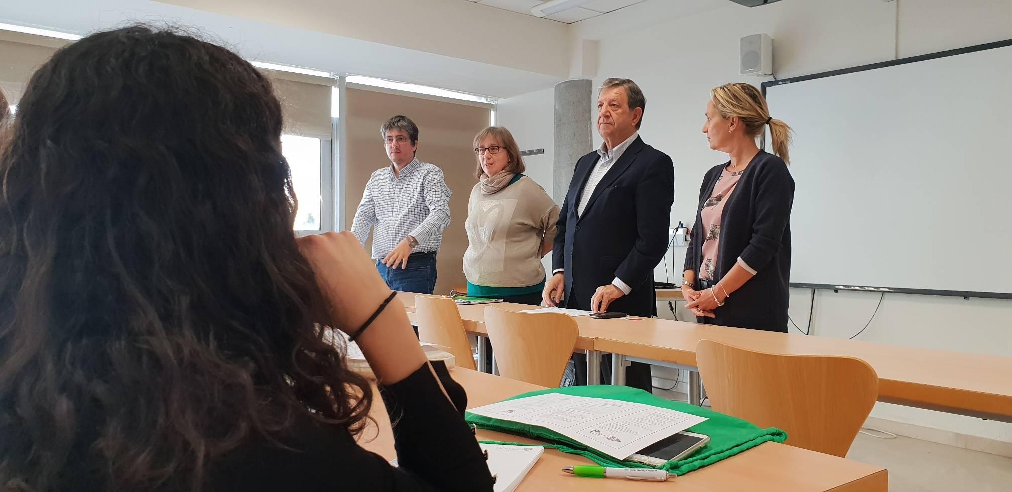 El alcalde, la concejala de S.Sociales y la directora de la Mancomunidad La Encina.