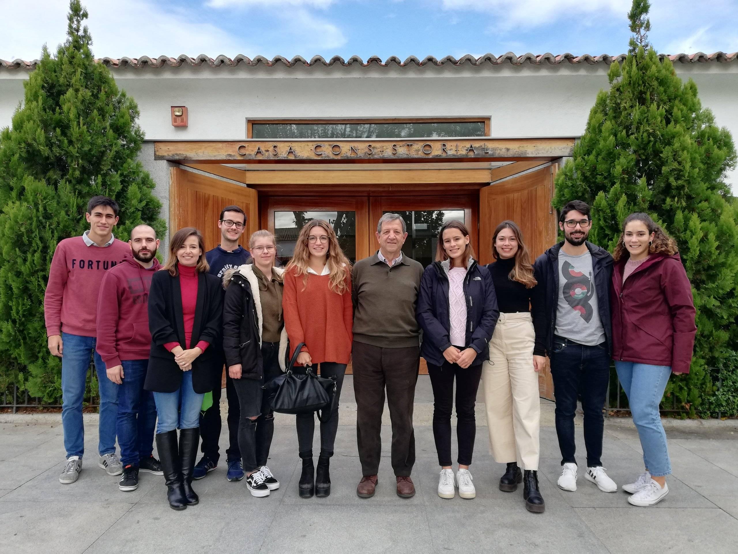 Reunión con alumnos de Ciencias de la Salud de la UAX .