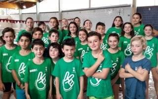 Participantes de la Escuela Municipal de Natación.
