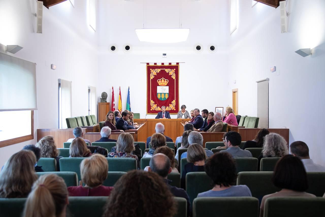 El Salón de Plenos ha sido el lugar escogido para la celebración.