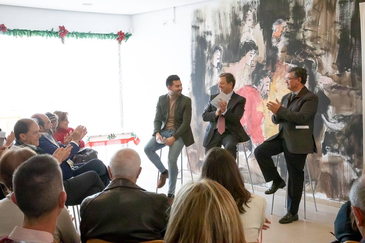 El alcalde, Luis Partida, junto al concejal de Desarrollo Local, Juan Miguel Gómez, y el concejal de Festejos, Ignacio González, presentando la programación.