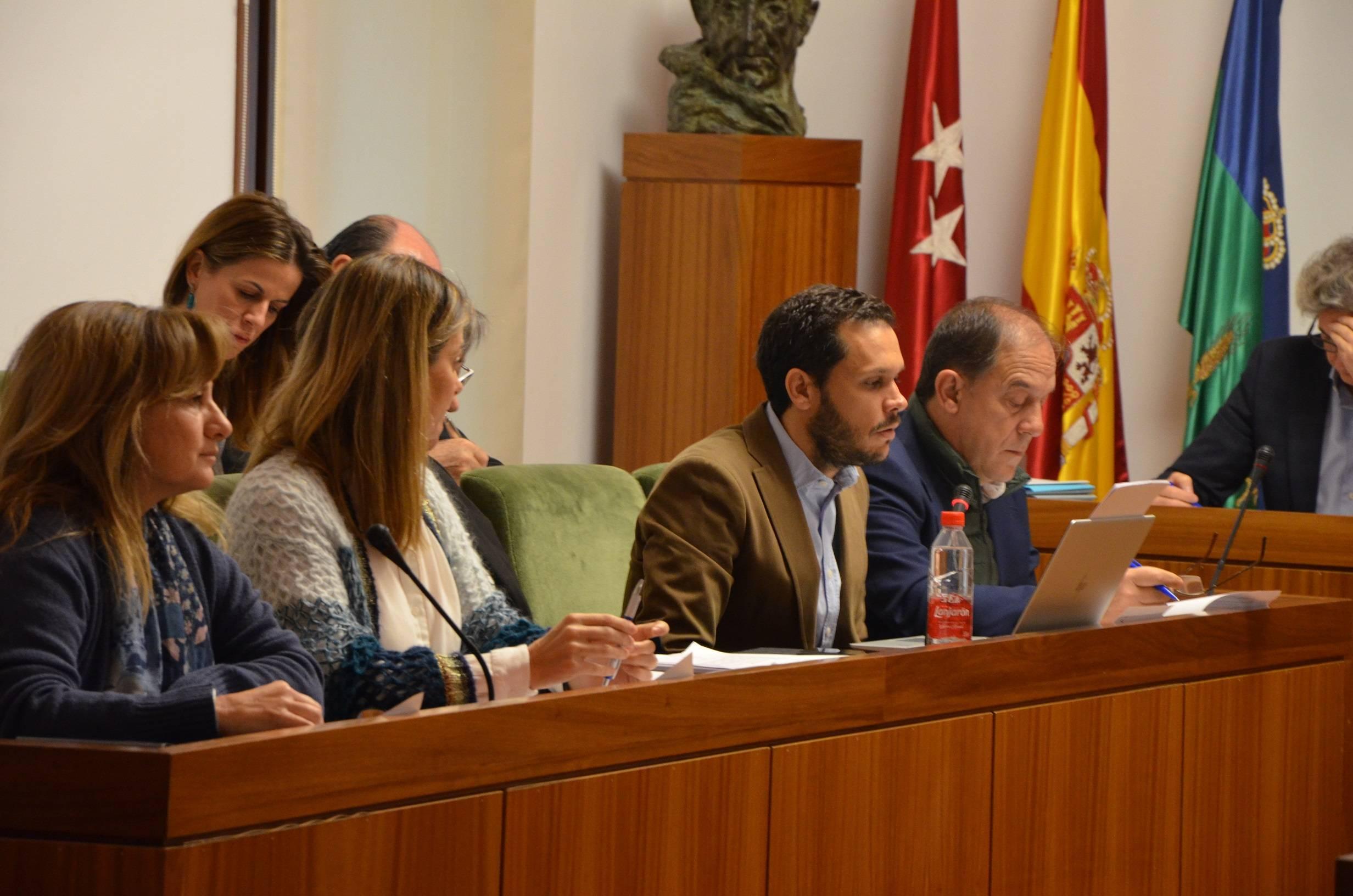El concejal de Hacienda, José Luis López, durante su intervención.