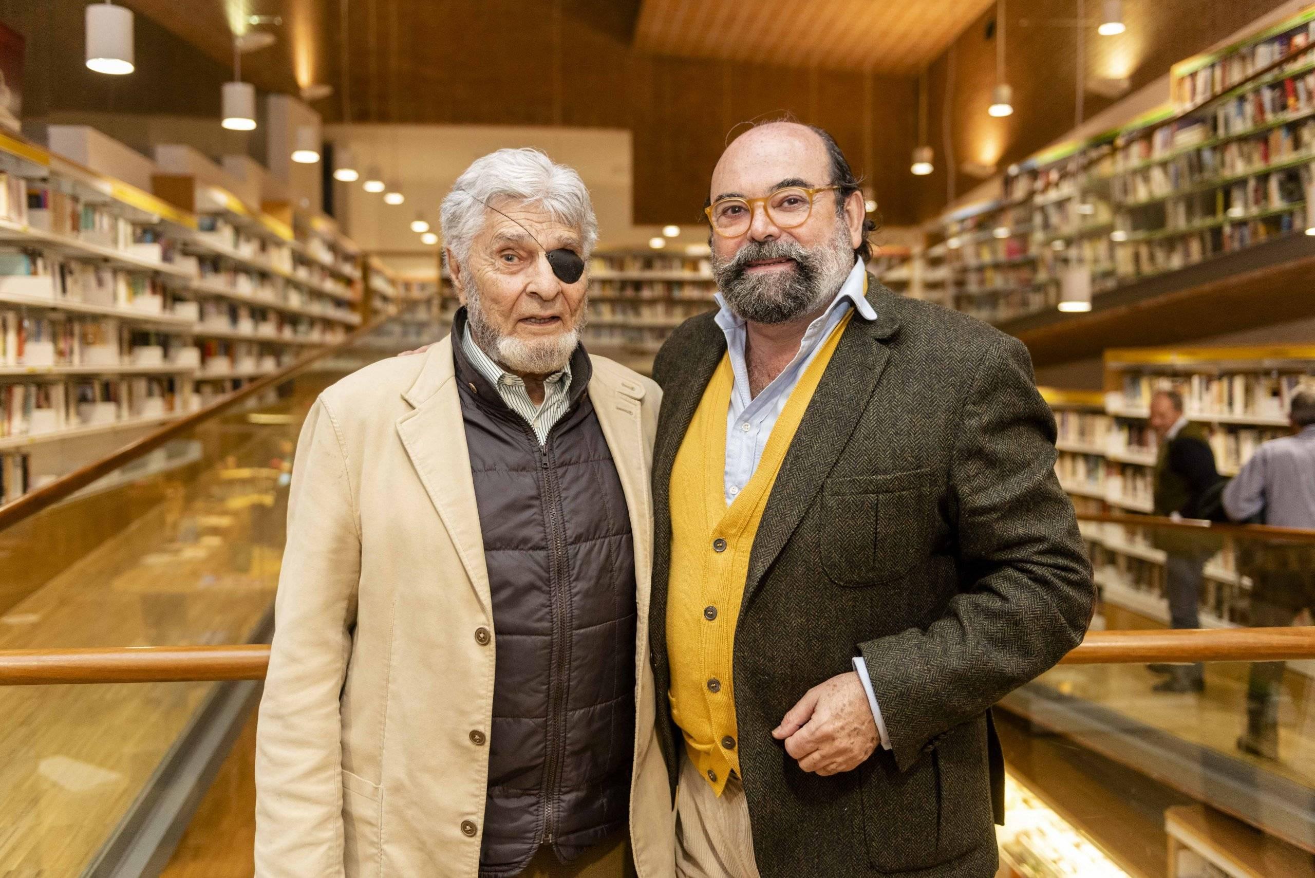 González Green junto al concejal de Cultura, Fernando Agudo.