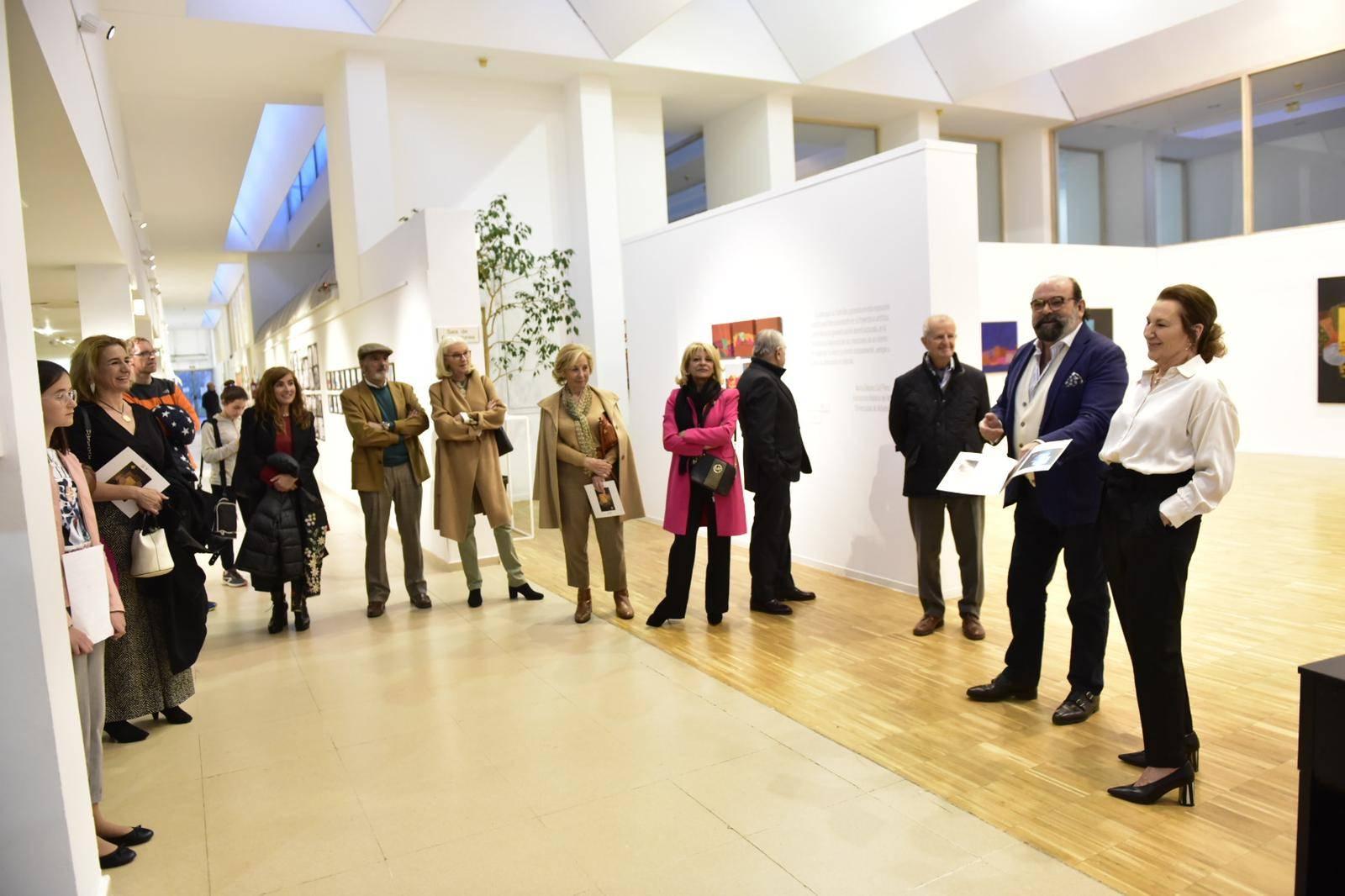 La inauguración ha tenido lugar en el C.C. La Despernada.