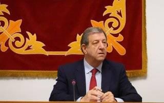 El alcalde, Luis Partida.