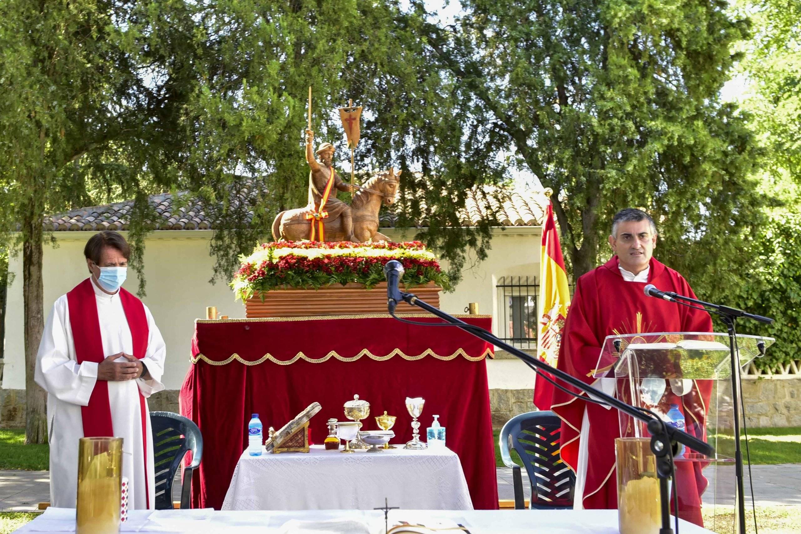 Párrocos de la Iglesia Santiago Apóstol.