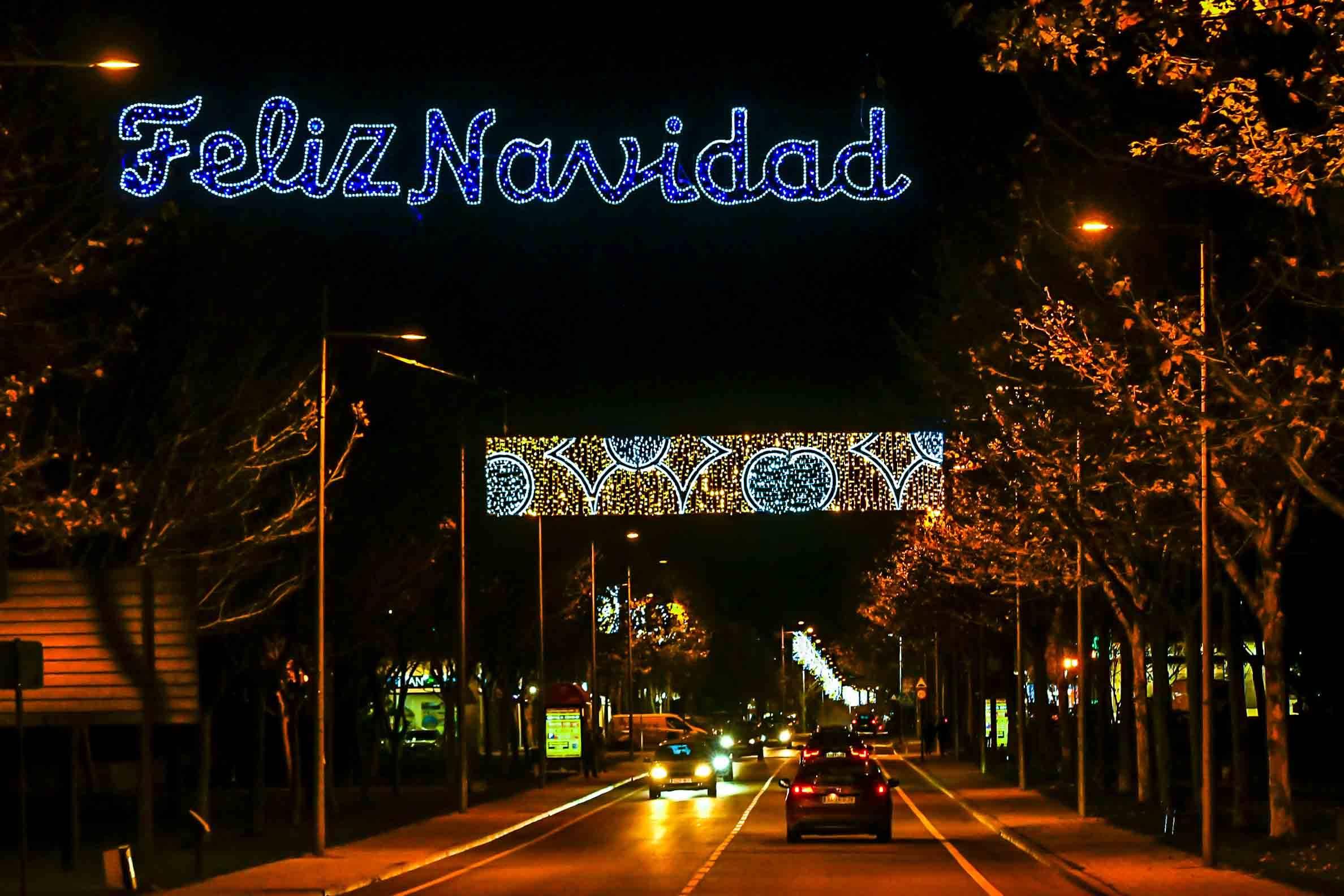 El Ayuntamiento enciende las luces de Navidad