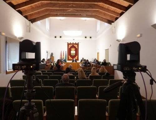 La Corporación Municipal condena las agresiones producidas en la campaña electoral catalana