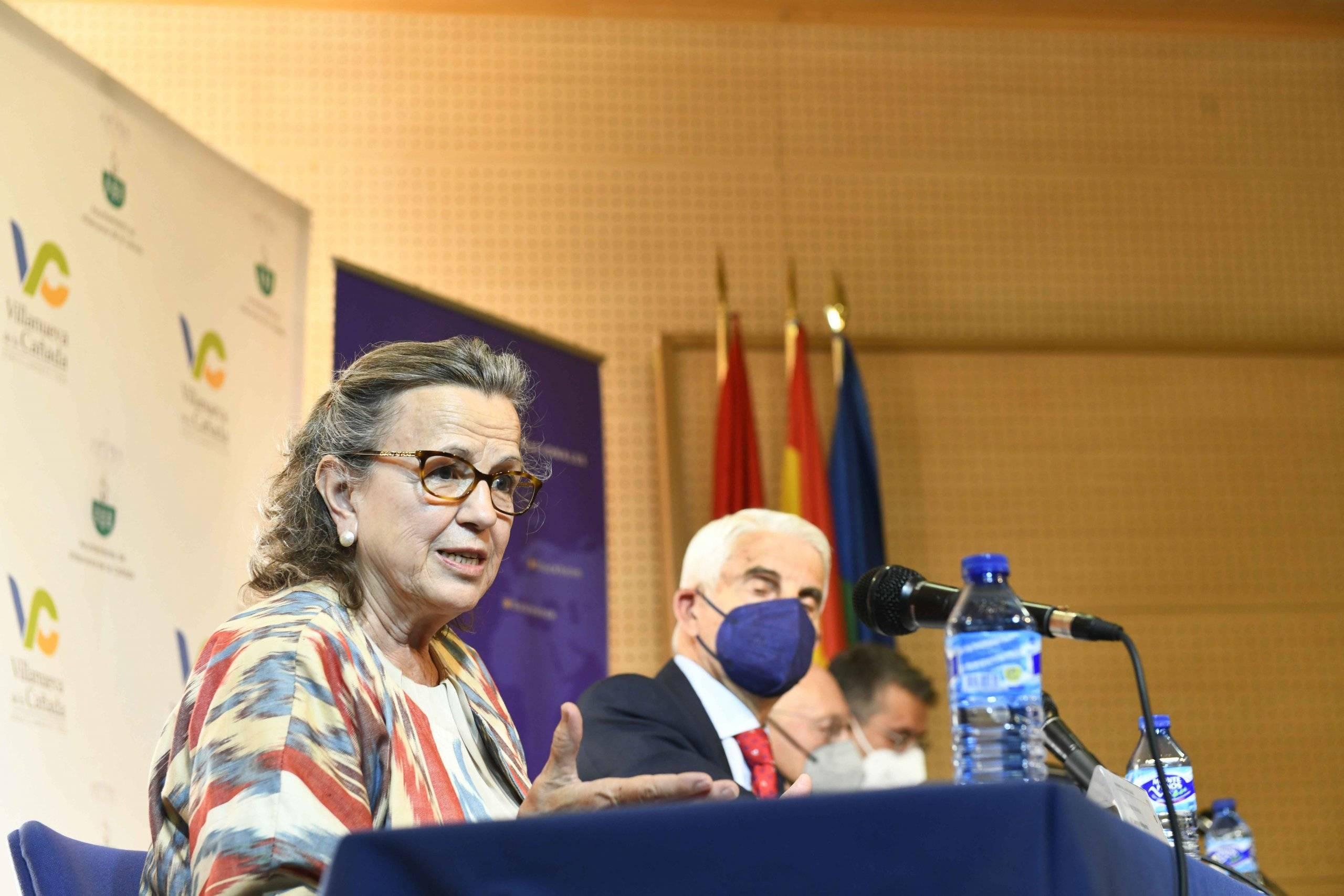 Georgina Higueras, periodista y directora del Foro de Asia, durante su intervención.