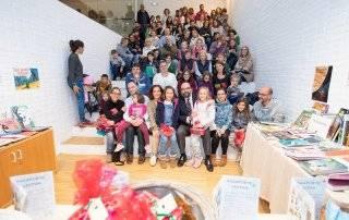 Foto de grupo en la entrega de premios del Pasaporte Lector.